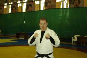Тренер джиу-джитсу и смешанным единоборствам